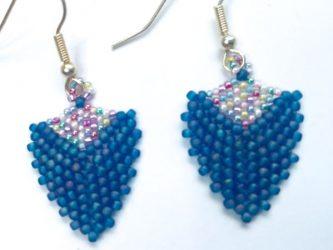 blauw-triangle-earrings-Limited-Edition-Den-Haag.jpg
