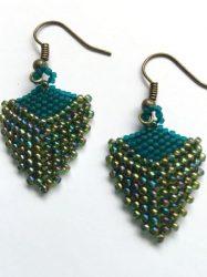 groen-triangle-earrings-Den-Haag-Limited-Edition.jpg